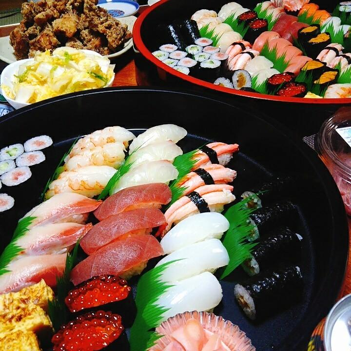 お寿司唐揚げセット