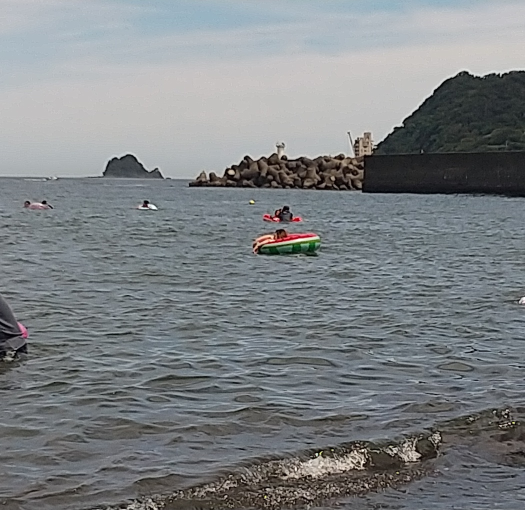 海にいきました